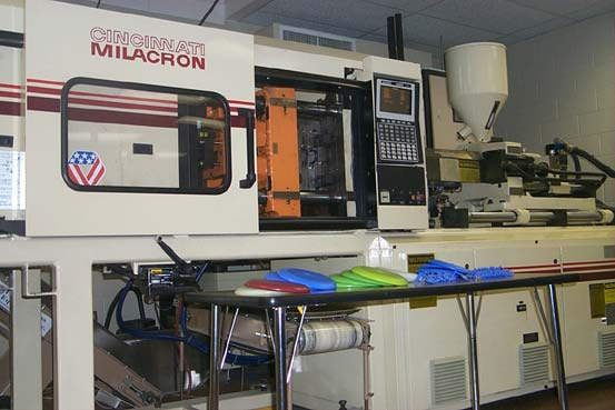 Injection Molder
