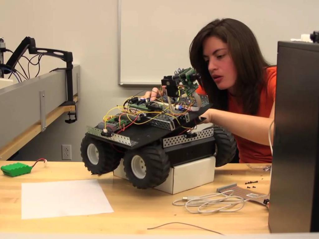 Electronics & Computer Engineering Technology with Jorgette