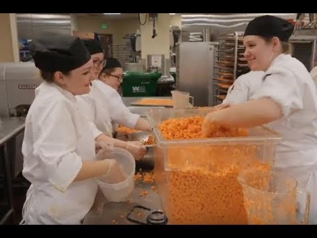 Hospitality Students Cook at the Kentucky Derby