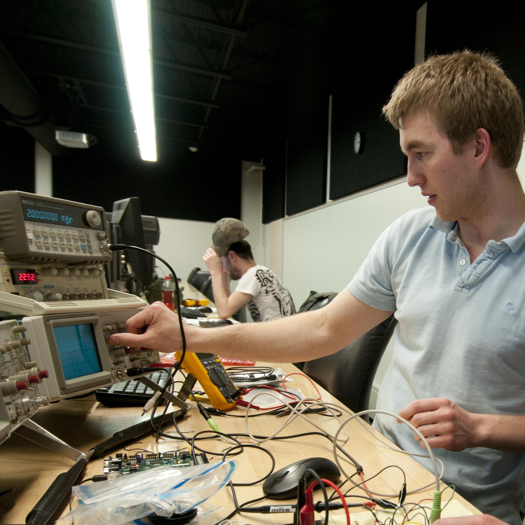 Electronics & Computer Engineering Technology  Bachelor of Science Degree (B.S.)  Pennsylvania